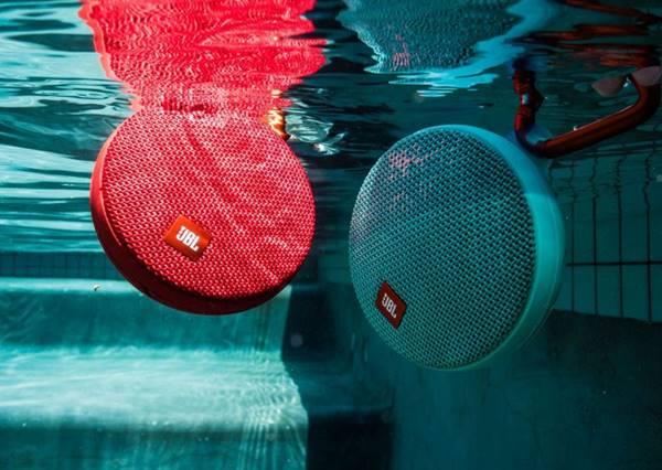 Khả năng chống nước cực kỳ quan trọng với loa di động