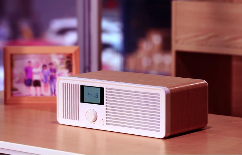 Kiểu dáng của một chiếc radio từ nhiều thập niên trước