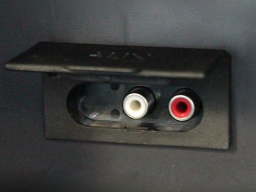 Kết nối loa ngoài với tivi samsung qua cổng AUX